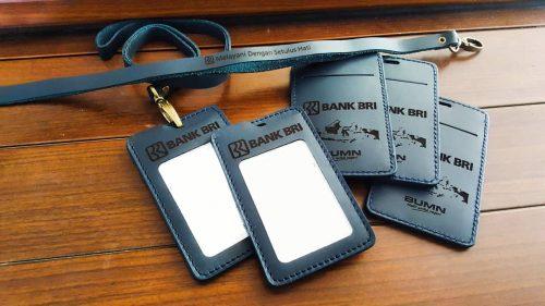 Gantungan ID Card Kulit 001